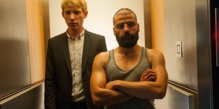 Domhnall-Gleeson-Oscar-Isaac-Ex-Machina