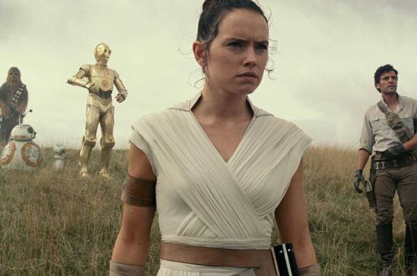 star-wars-rise-skywalker-1